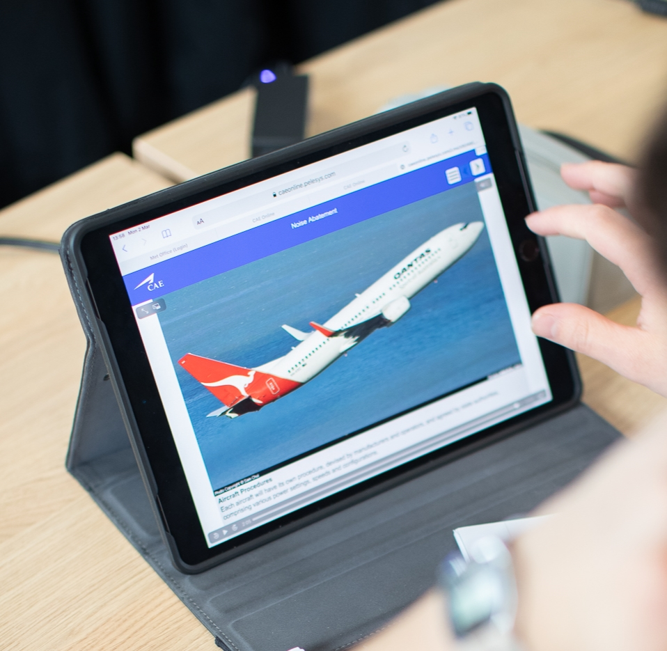 FTA-Global-ATPL-Student-Studying-Airline-7602