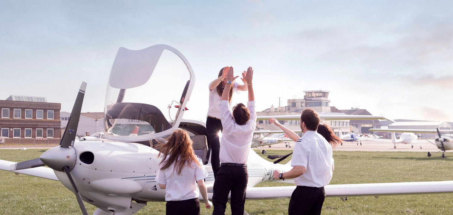 Become a Pilot - Commercial Pilot Training School UK | FTA