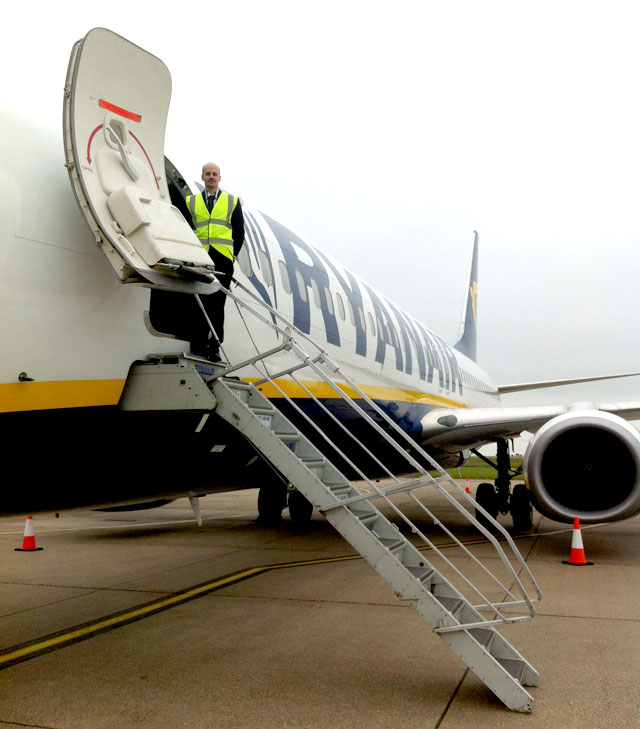 former-fta-student-tom-at-ryanair