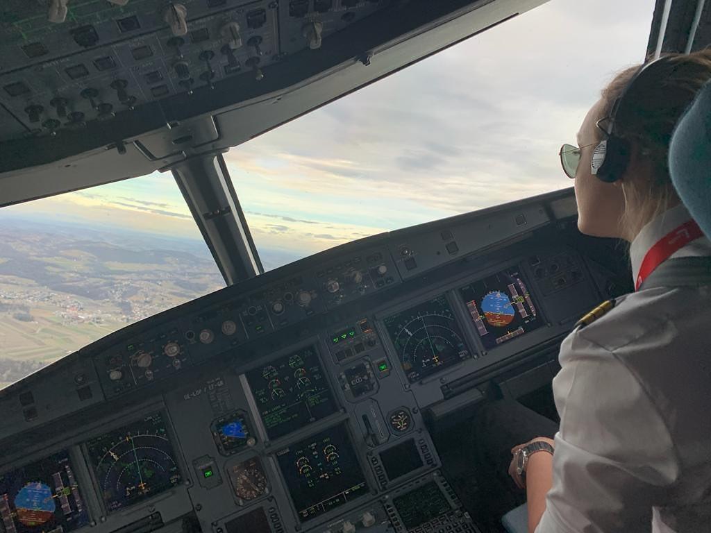 hannah-aircraft-lauda-cockpit
