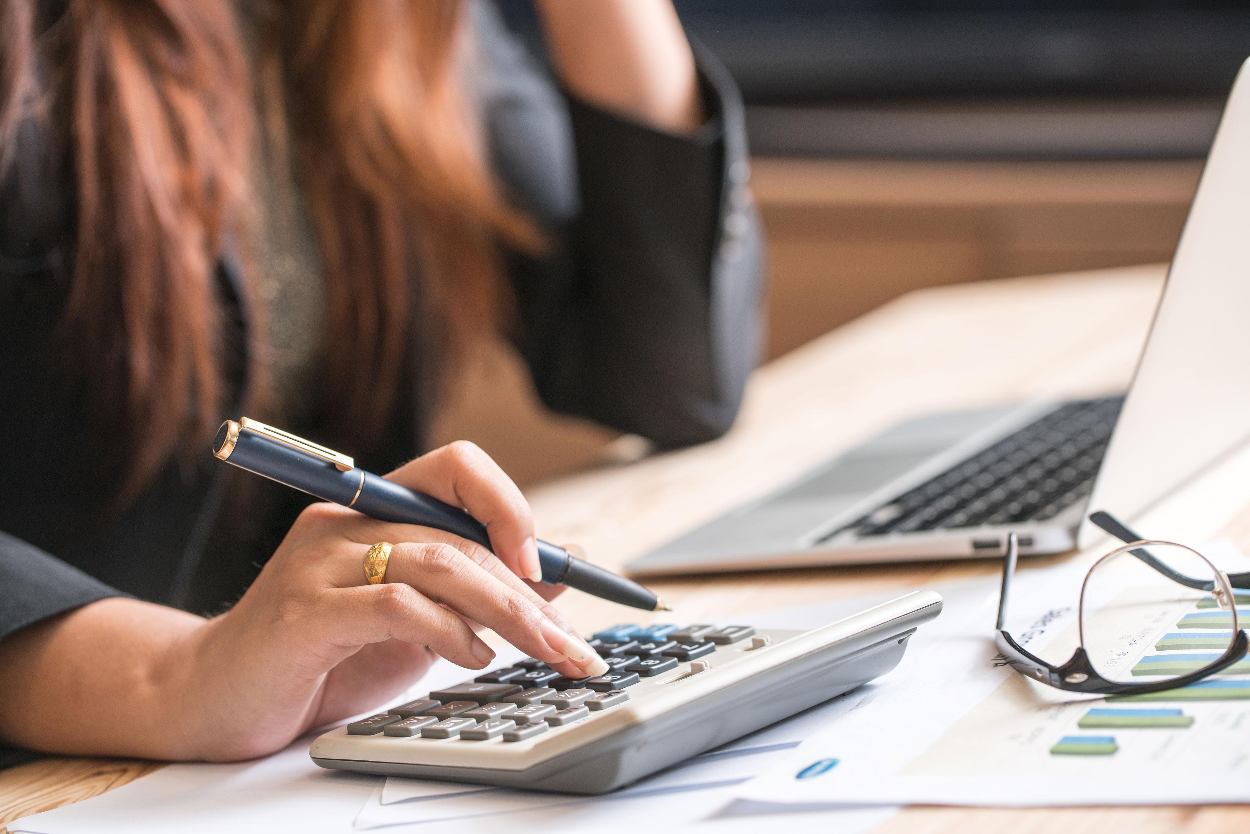 calculator_finances_student_pilot_web